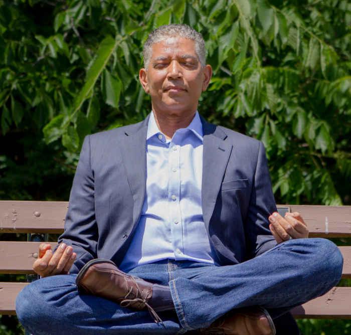 Kirk Johnson meditating
